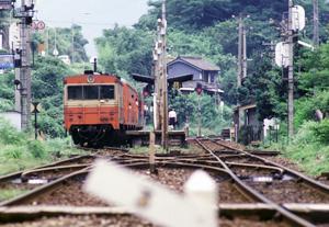 佃駅のキユニ15